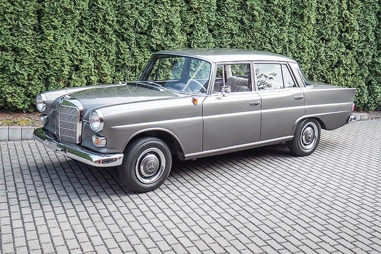 Daimler-Benz 190D