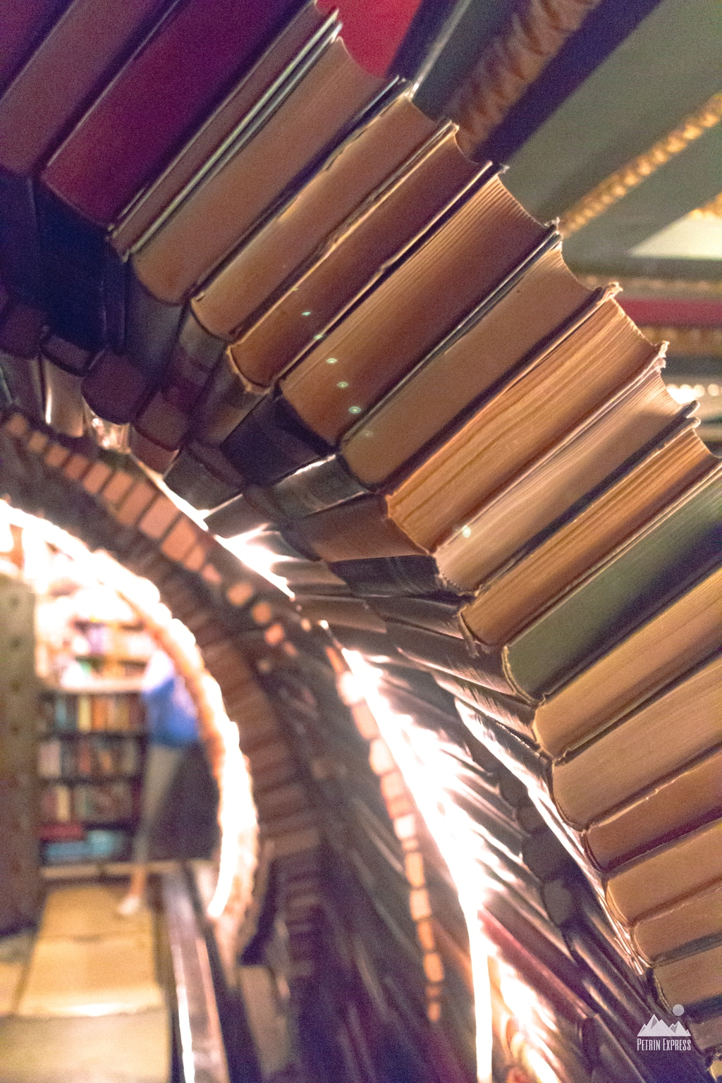 The Last Bookstore LA