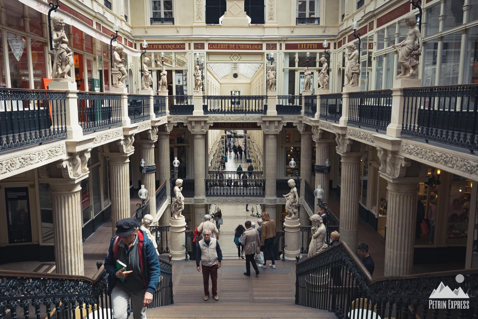 Le passage Pommeraye, galerie commerciale de son état, est aussi particulièrement agréable à regarder.