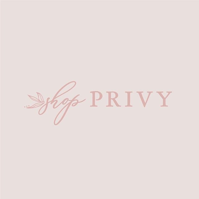 + S H O P  P R I V Y + . couldn't be happier about joining @thebusybeebuzz team to brand @shopprivy, a traveling boutique on a mission to provide women with the outfits and styling tools to fit their lifestyle. . stop on over to their new website and see what the buzz is all about! . www.shopprivy.com