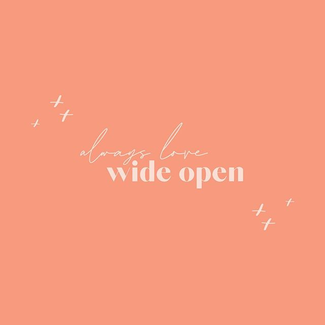 // always love wide open // ⠀⠀⠀⠀⠀⠀⠀⠀⠀ my latest motto on living life and loving the wonderful people who are here with me along for the ride. ⠀⠀⠀⠀⠀⠀⠀⠀⠀ tell me, what's your current life motto? 🧡