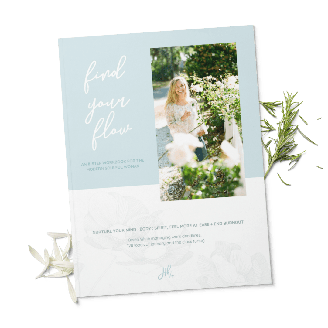 Photo of the cover of the free guide 8 steps to find your flow over flower petals and herbs