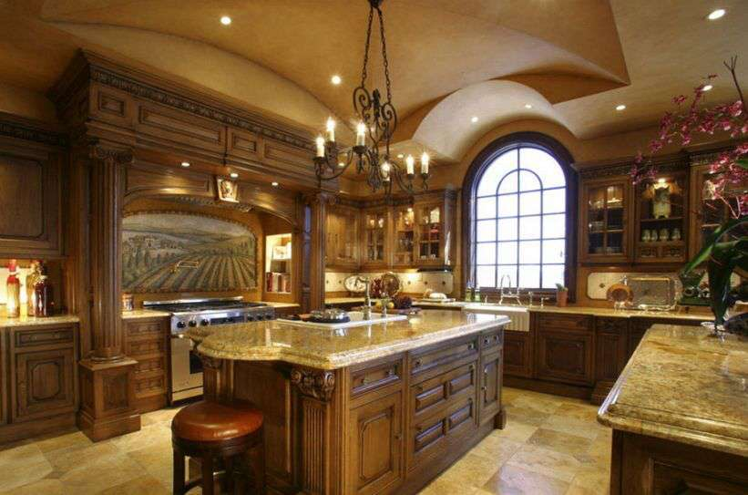 Granite-Countertops-for-Kitchen-Island-Design-with-Large-Room-Space-Also-Royal-KItchen-Design.jpg