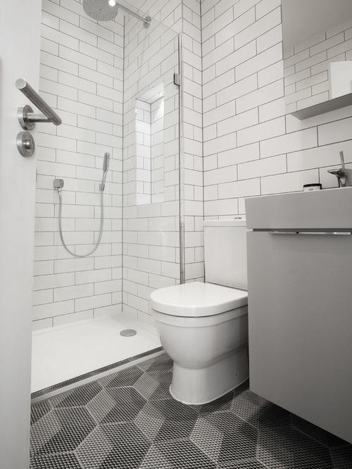 small-bathroom-interior-amusing-interior-designs-bathrooms-.jpg