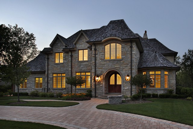 custom-built-luxury-homes-in-charlotte-nc.jpg