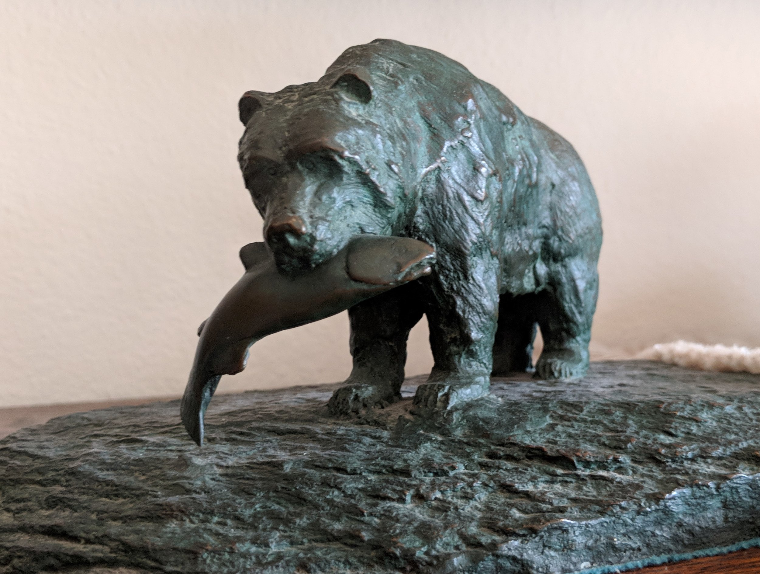 John's attention to detail is very much in evidence with this fish catching bear sculpture.