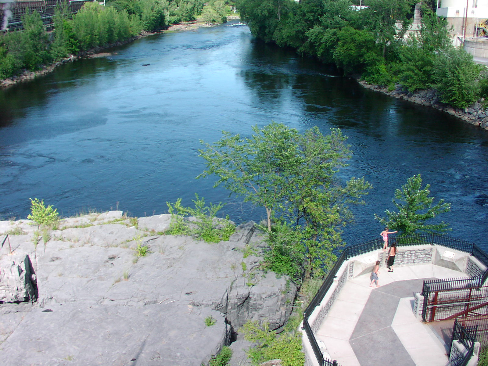 cat-glens-falls-coopers-cave-overlook-hudson-river-t-holmes-2010.jpg