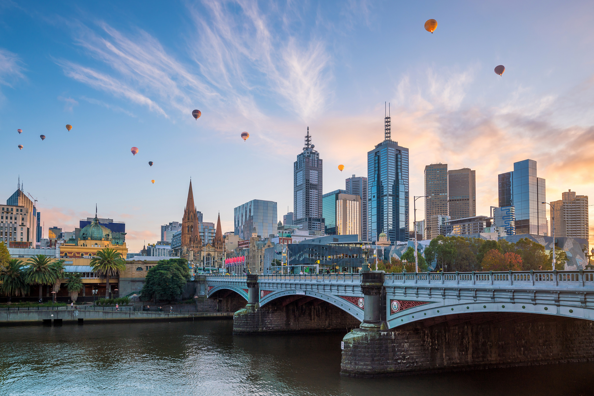 melbourne-hot-air-balloons.jpg