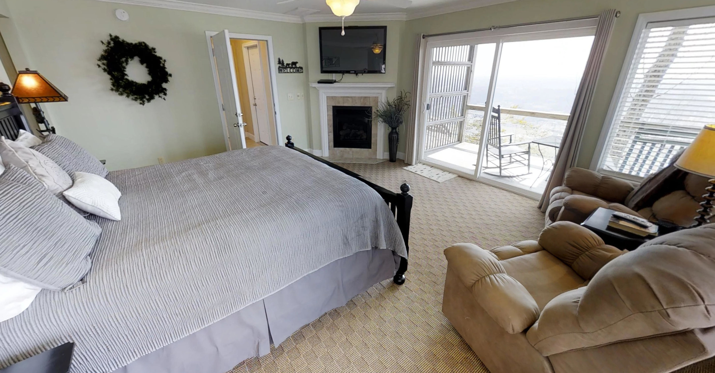 Bear - Entry Level Suite, No Steps:$175 /night + taxbased on 2 night min*Additional charge for holidays, peak weekends, and 1 night staysClick picture for virtual tour
