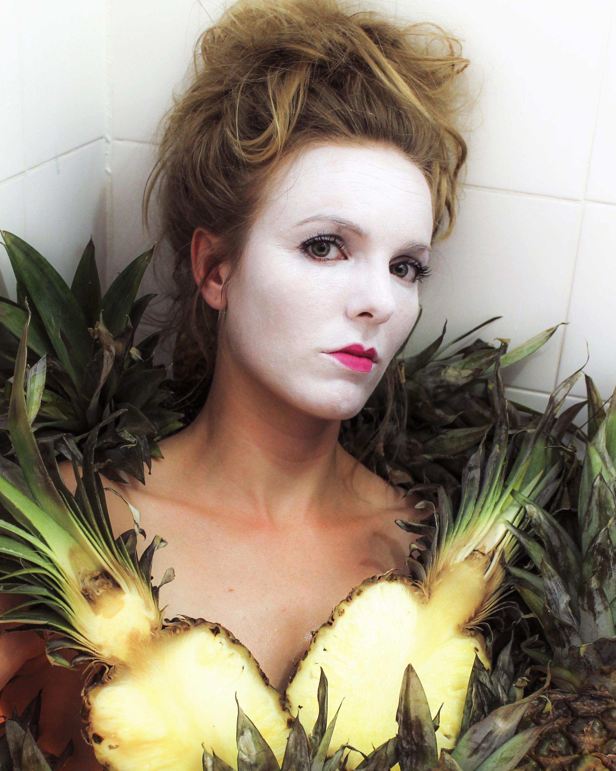 Creator/Performer Alaine Hutton