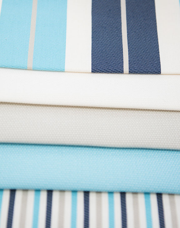 "SUN SKYBLUE/IVORY     100% ACRILIC              54"" WIDE - OUTDOOR FABRICS                     MADE IN ITALY"