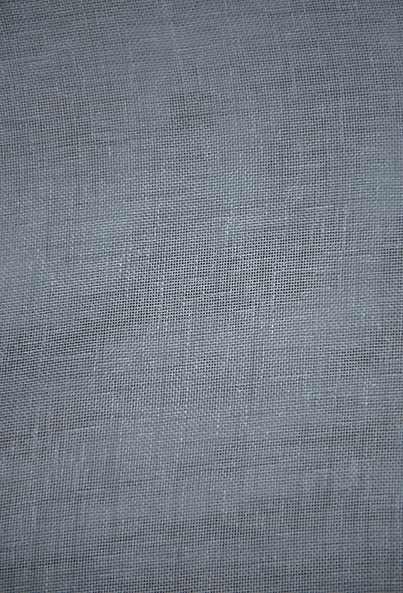 "63006   L. GREY        100% POLYESTER                                       LINEN TEXTURE                                       118"" WIDE - WASHABLE"