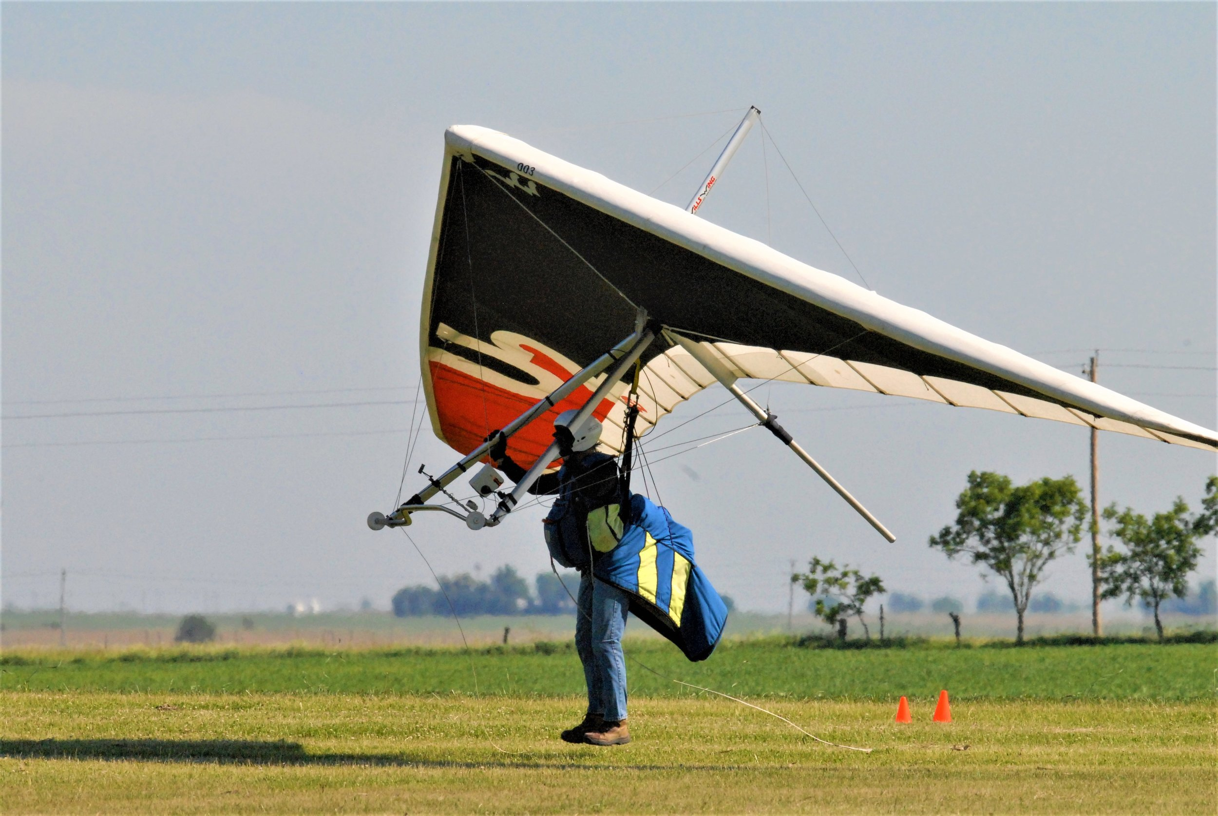 LEARN TO FLY - Do you have what it takes to become a solo pilot? Comprehensive flight training is available.