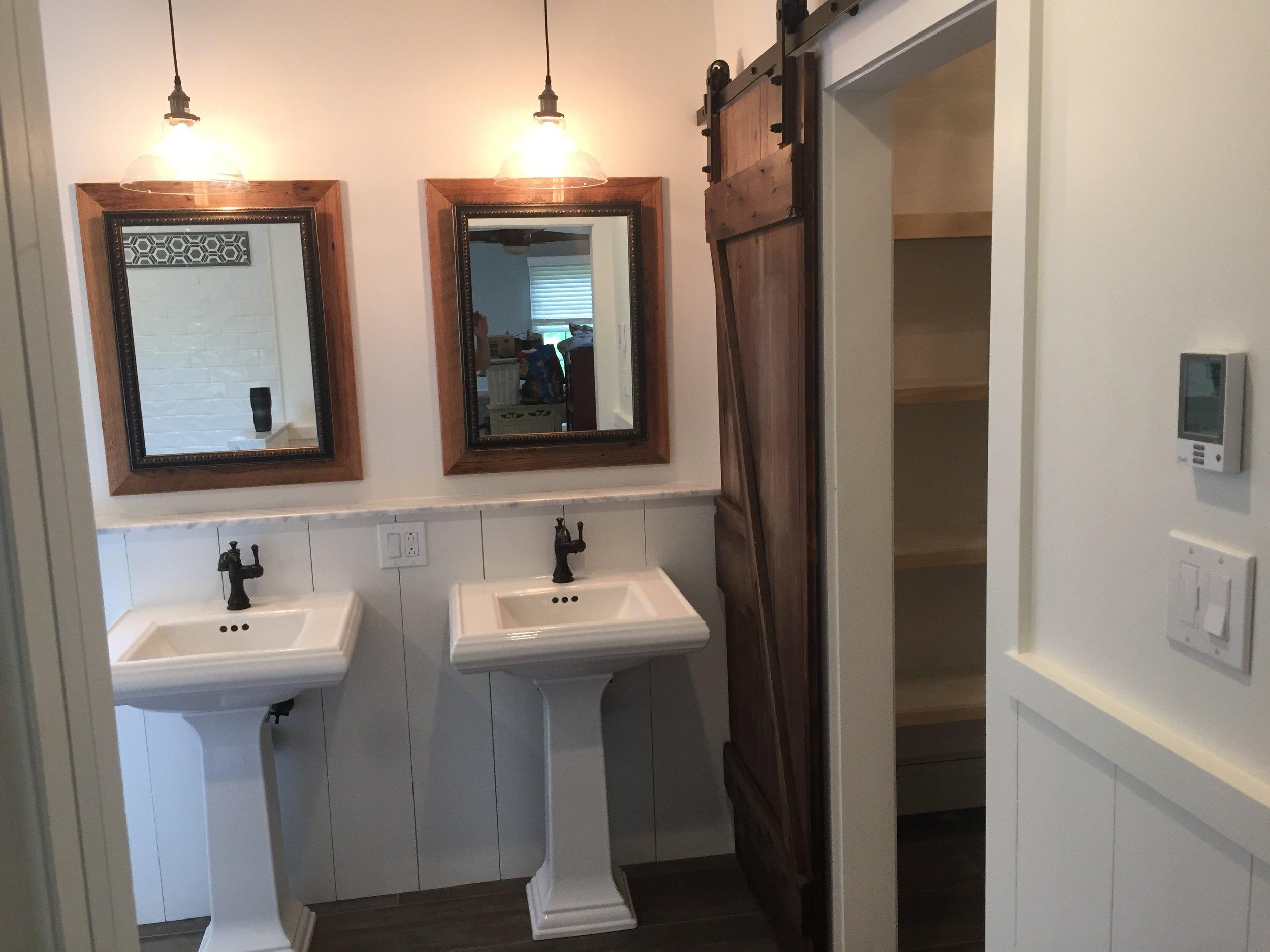 terri feralio - finished bathroom (2).JPG