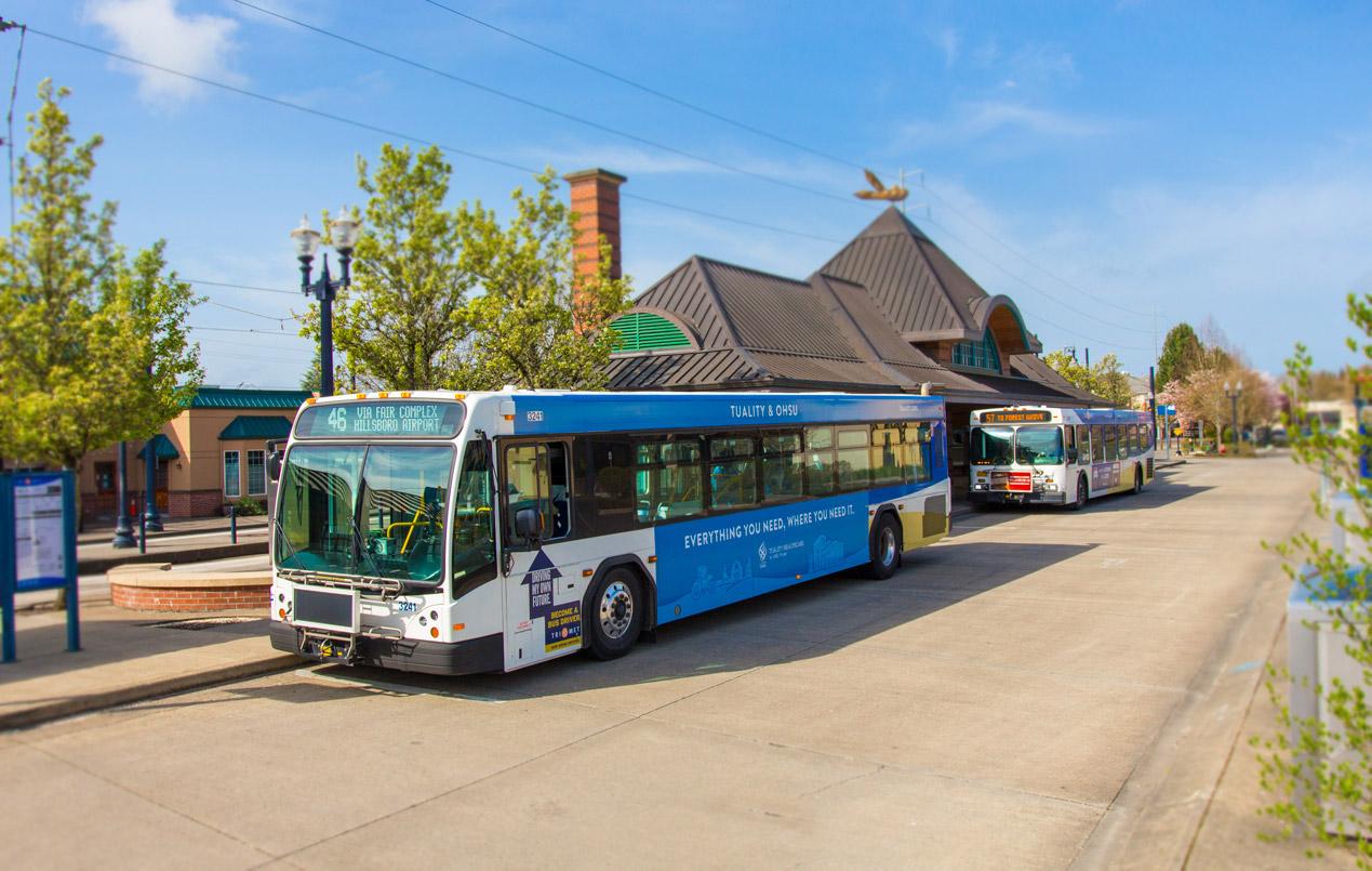 TriMet buses at Hillsboro Downtown Transit Center