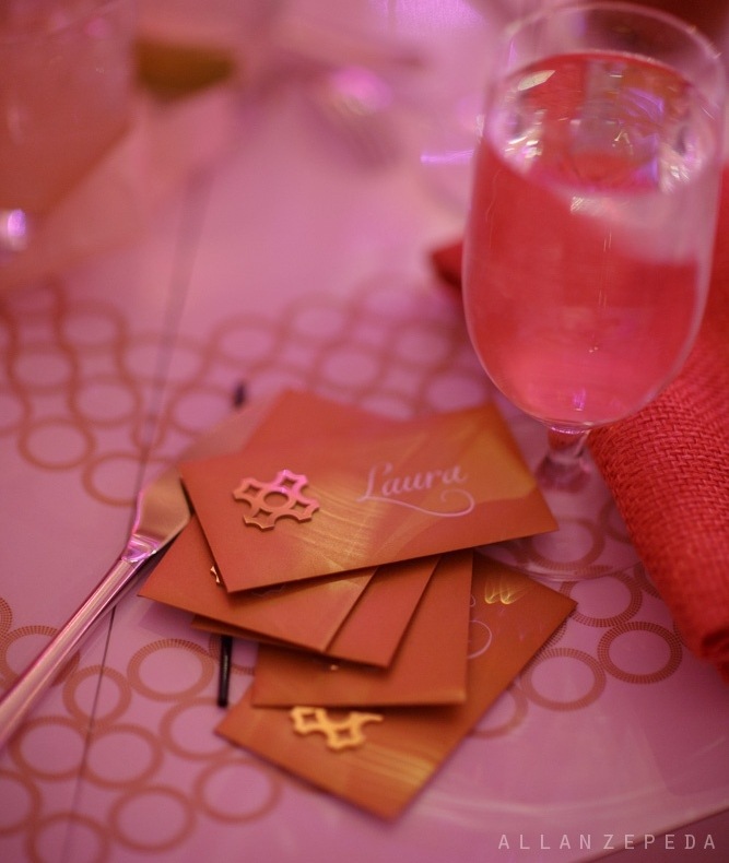 IInner Circle Experience \\How do you set the stage for finding a gold chroma menu at your seat? With an escort card that features a gold chroma logo, of course.