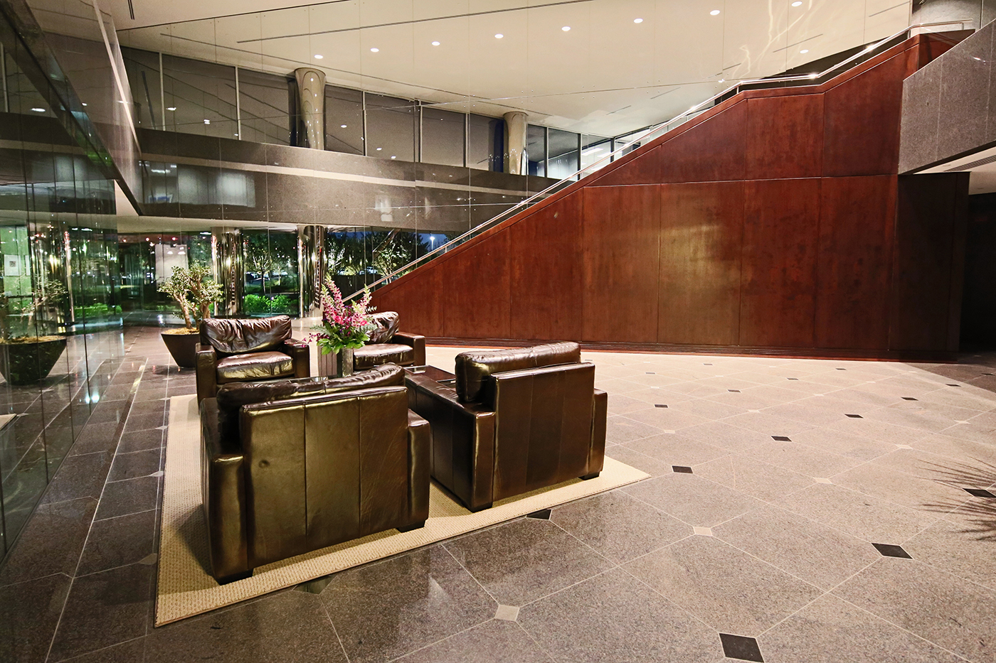 Quail Springs Parkway Lobby Night 5.jpg