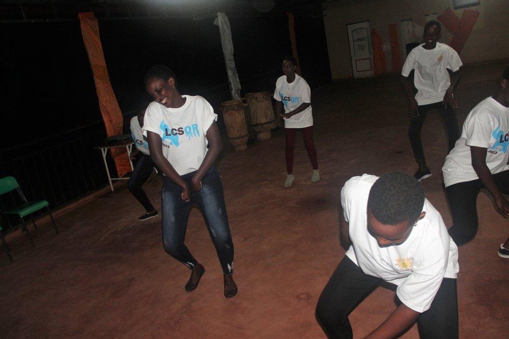47ad1-dance.jpg