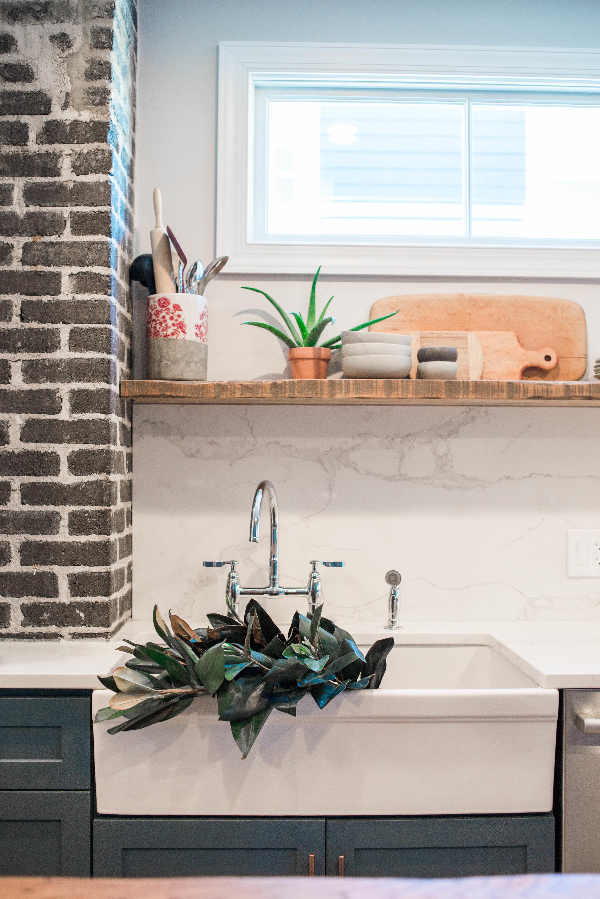 apron-sink-kitchen.jpg