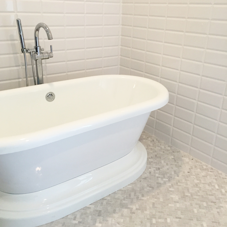 master-bathroom-soaking-tub.jpg