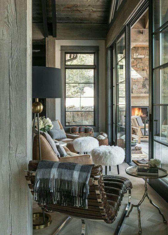 cozy-lake-house