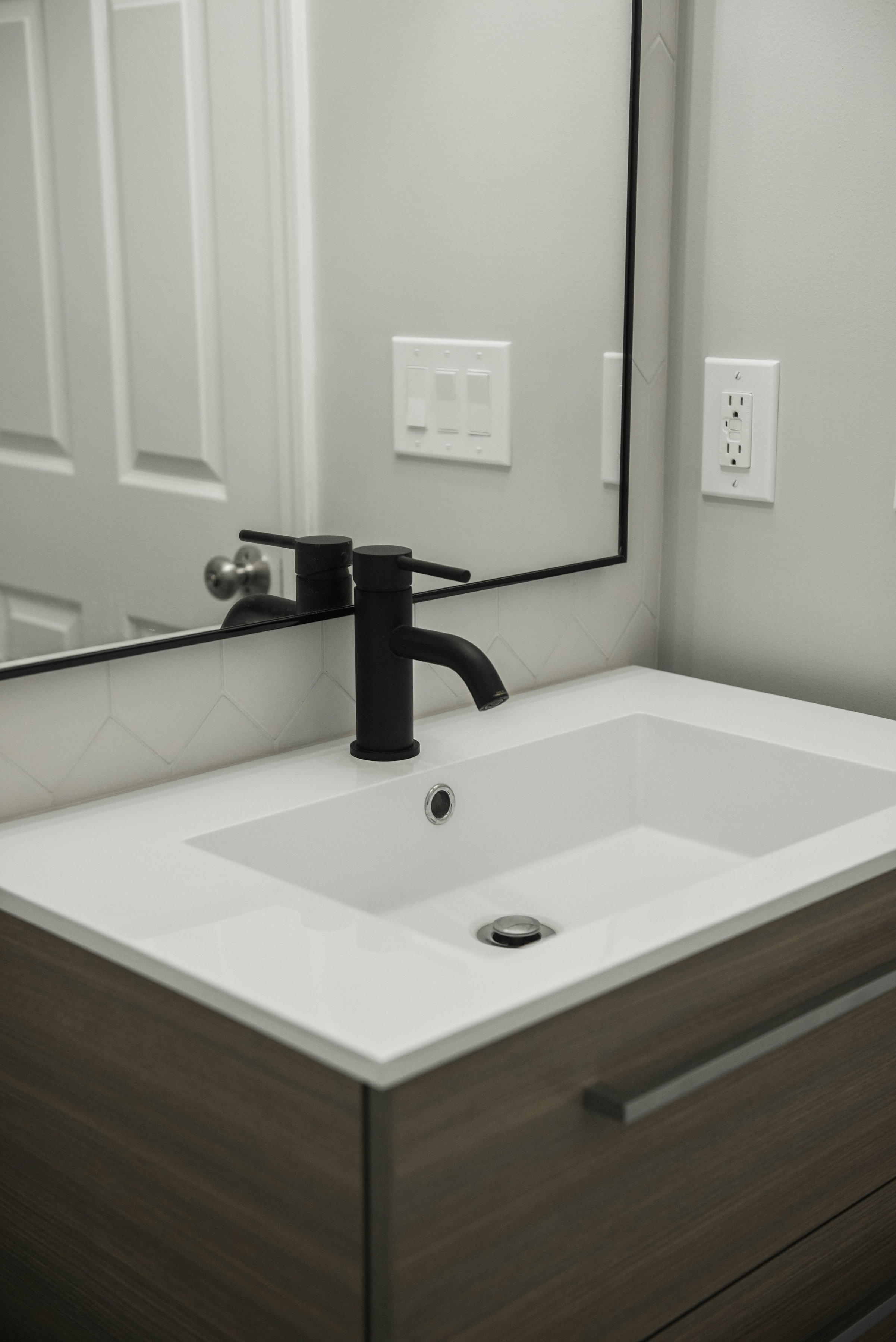 modern-bathrooms-buffalo