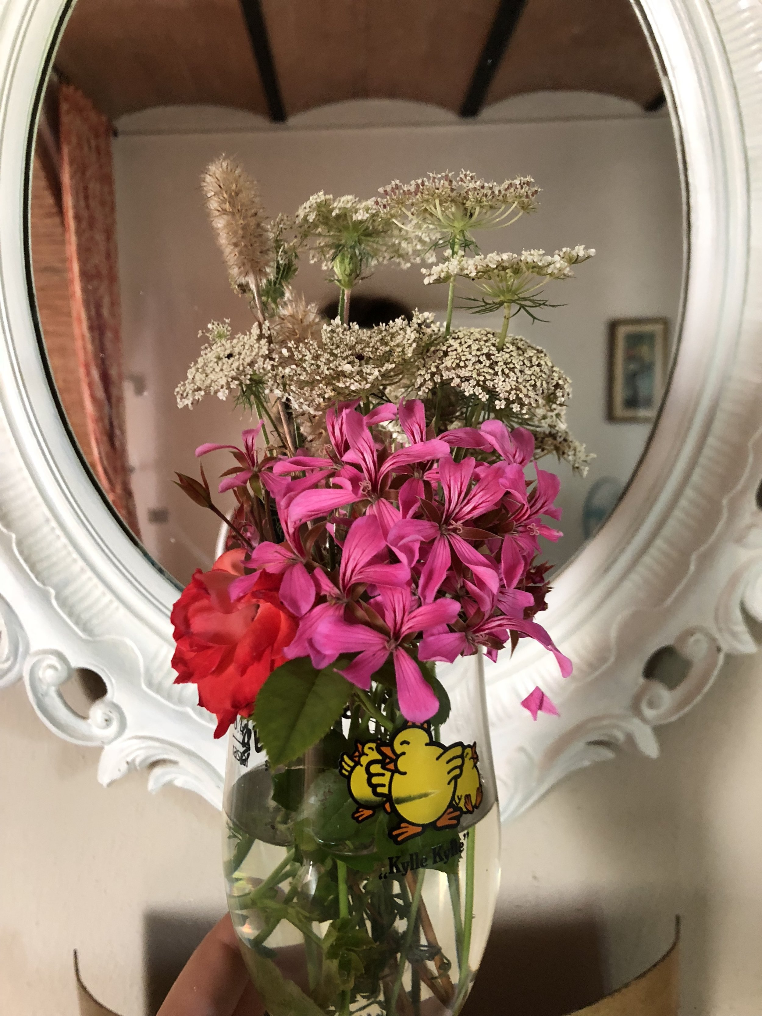 Jon picked me flowers. I think he did a great job on the arrangment :)