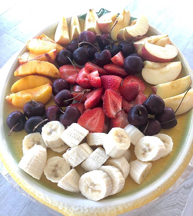 🍐🍌🥭🥝🍍 #sundaybreakfast  #dietitian #dietitianapproved #inspiration #integrativehealth #integrativedietitian #nutritarian #healthcoach #wfd #wholefoods #rdsofinstagram #mindfulliving #registereddietitian  #diseaseprevention #dietsdontwork #lifestylechange #nutritiongoals #integrativenutrition #digestivehealth #ftlauderdale #wellnessliving #healthy #livewell #foodasmedicine #instafood #foodgram #plantbased #delicious #plantsrong #veganfoodshare