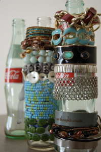We love this idea! It's cute, retro, and the only thing you have to do is drink a coke and rinse out a bottle!