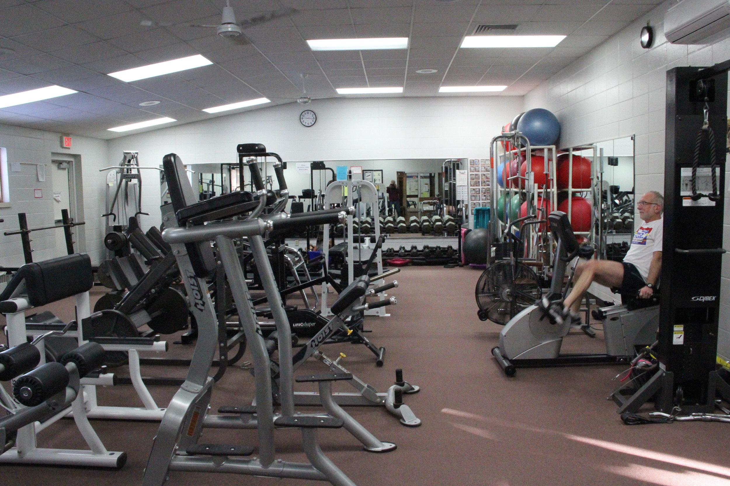 Mosling_Rec_Center_Weightroom.jpeg