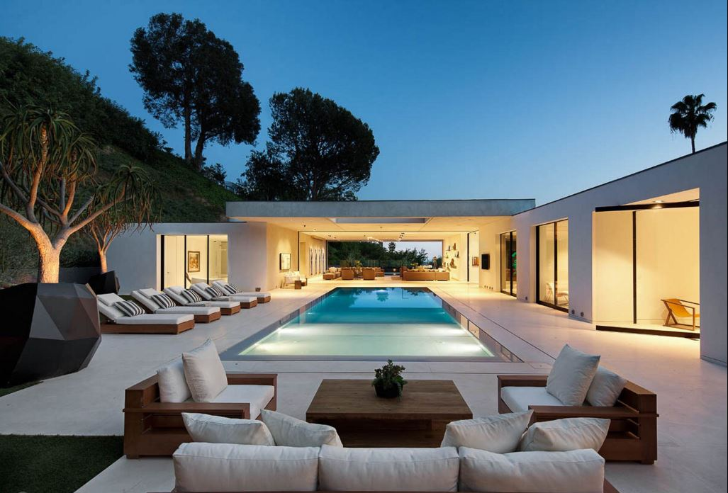 HILLCREST RESIDENCE - West Hollywood, CA