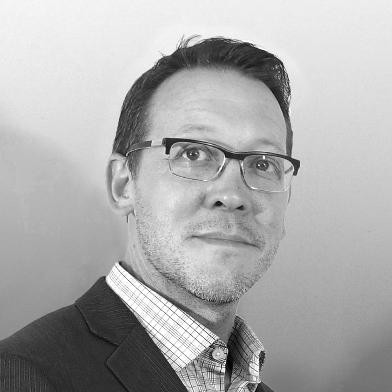 Patrick Regan - Fine Art Consultancy, Appraiser, PWR Studios