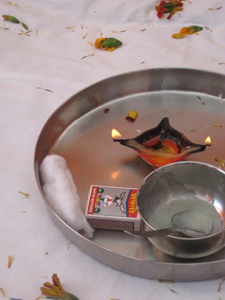 Aarthi plate. Kempty, India. Photo by Ankit Pogula.