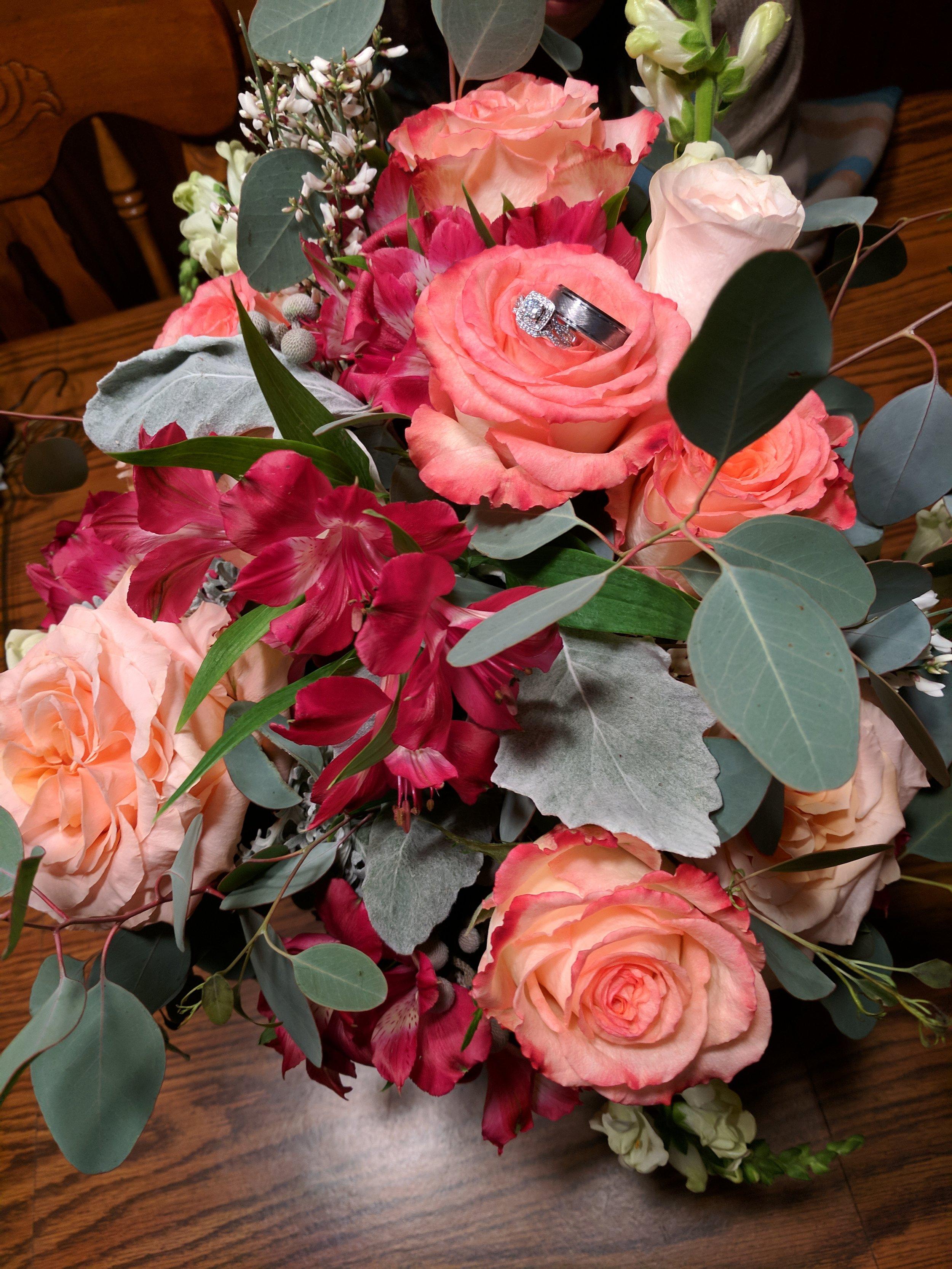 Succulent Groom Boutonniere.jpg