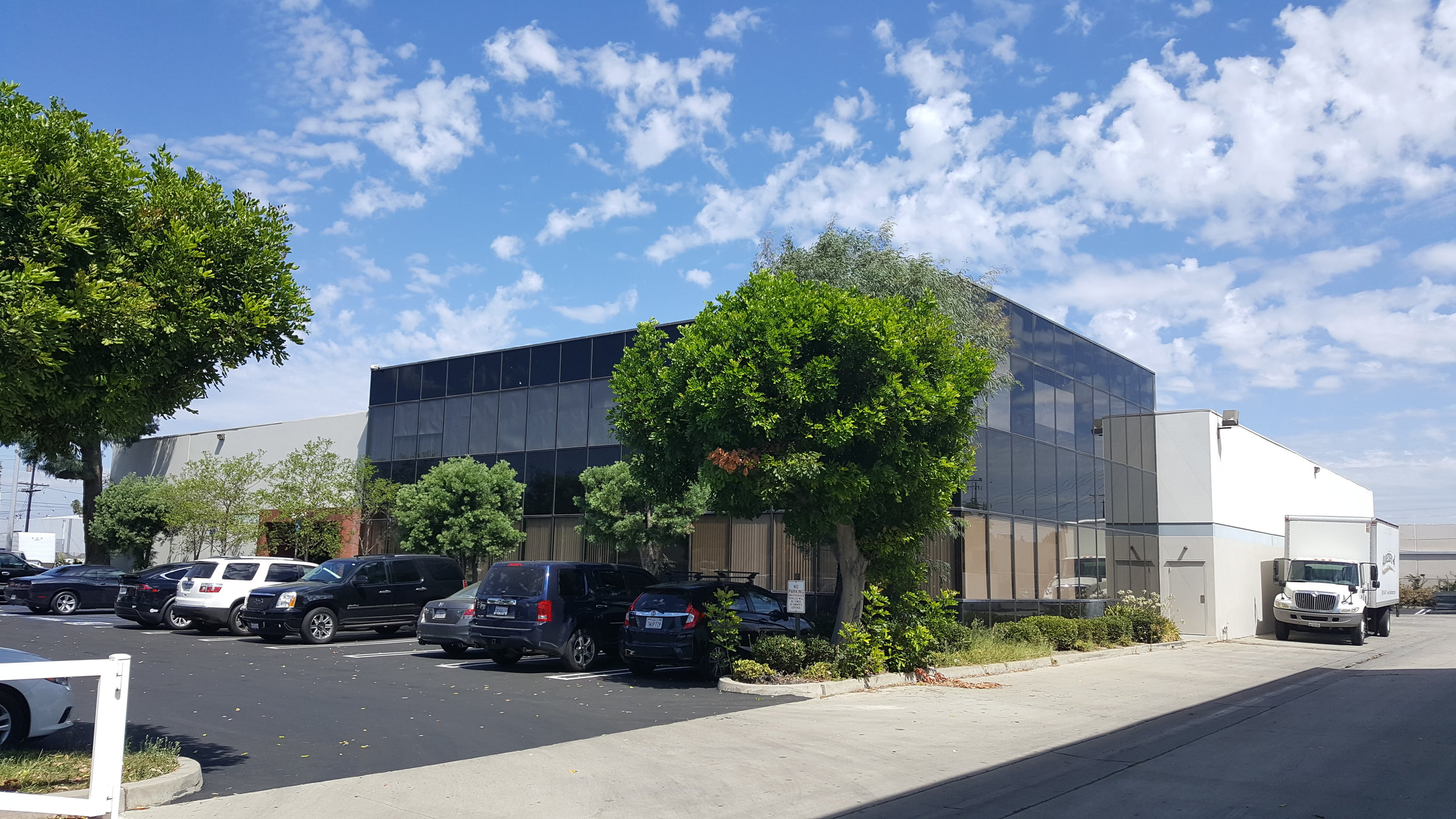 One-Solution Fulfillment Facility in Los Angeles!