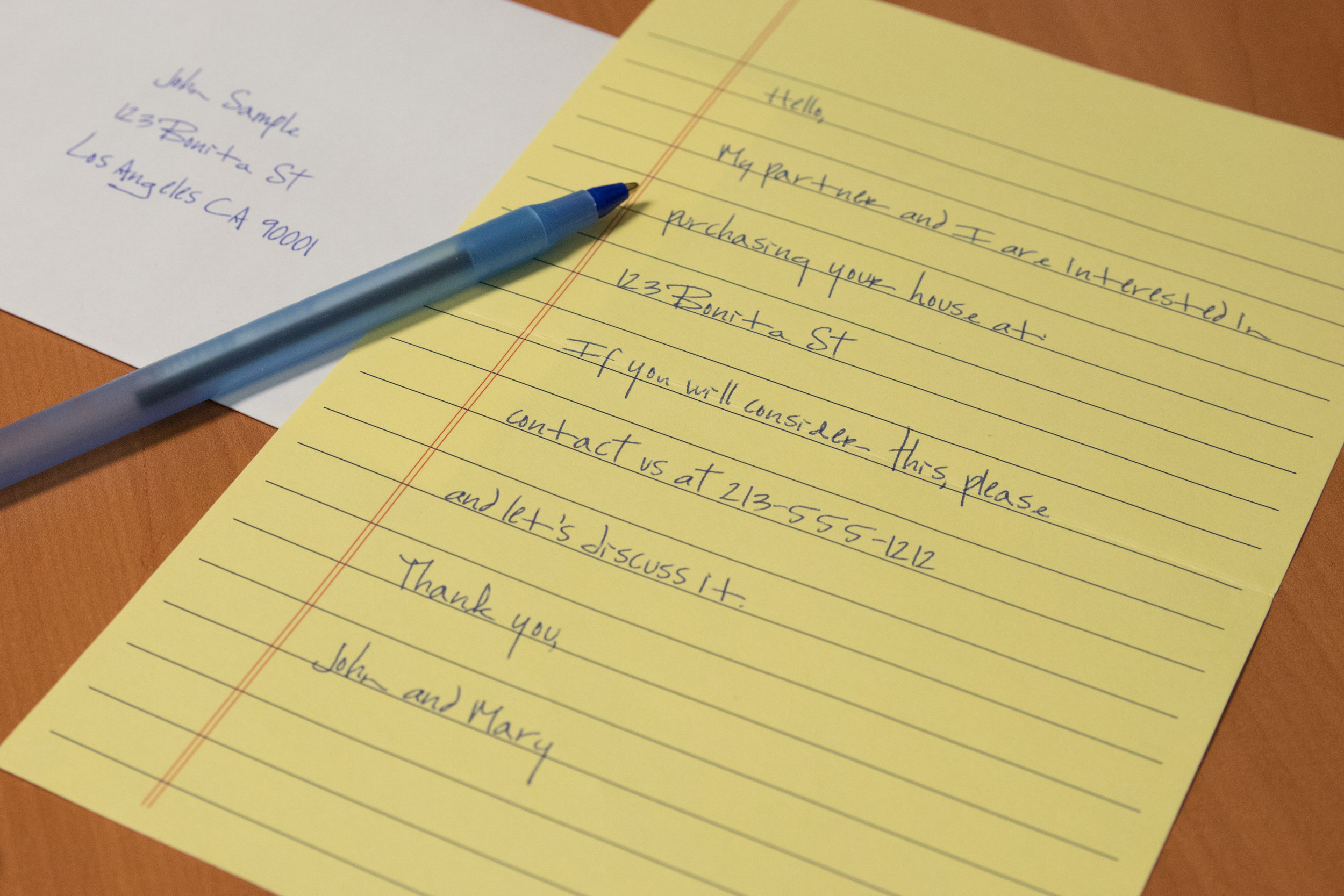 Photo of  Pen Addressing Mailer : Mimics handwriting and captures the attention of recipients!