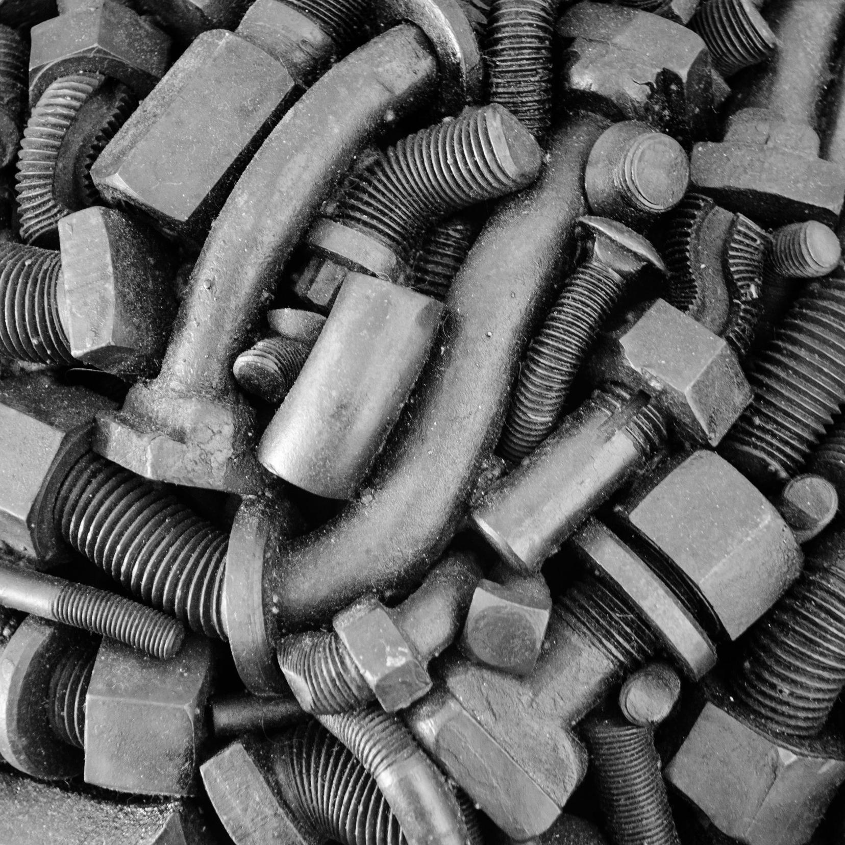 Nuts _ Bolts_Michael Malpass_sculpture_detail_01.jpg