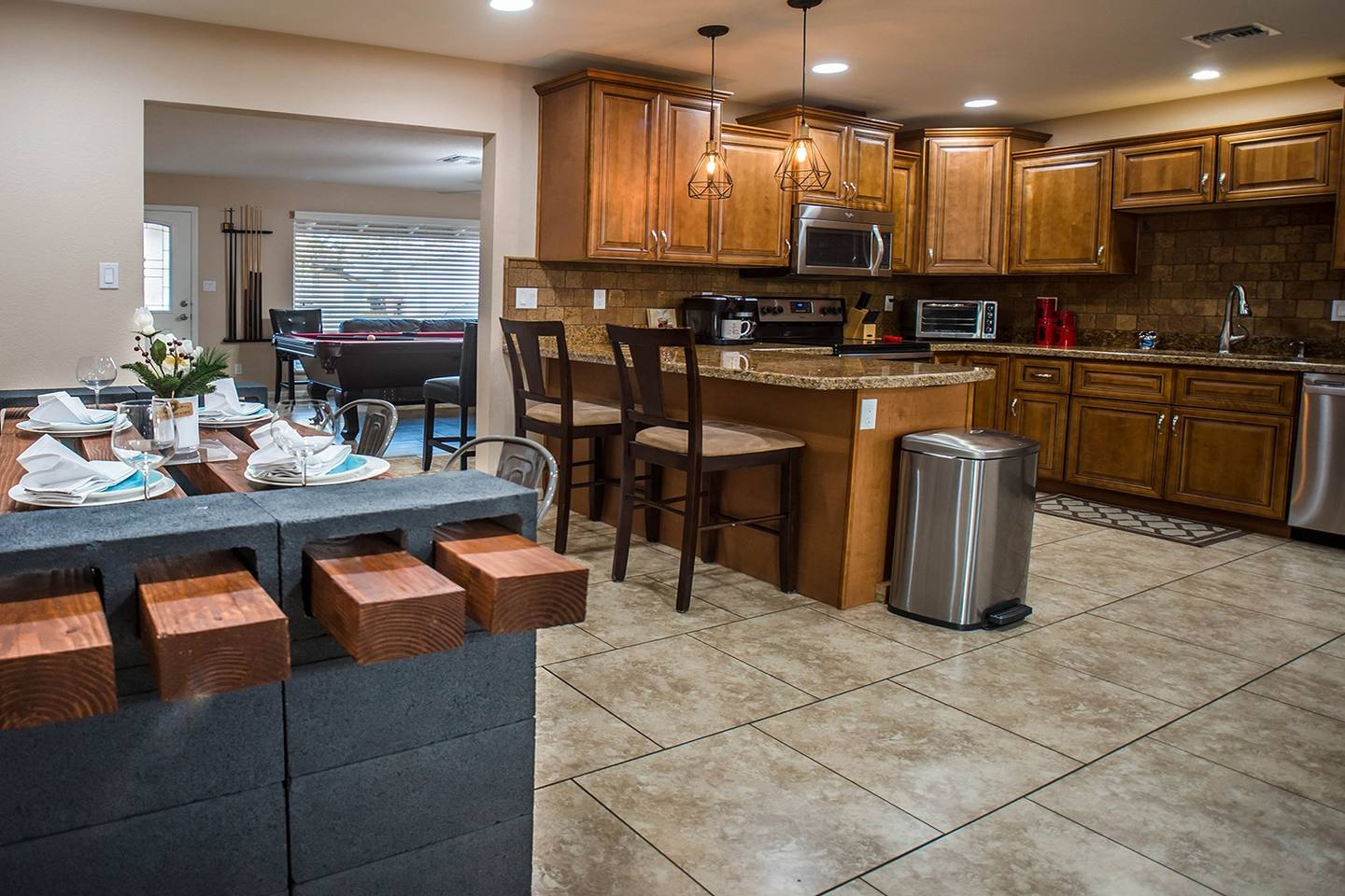 7819 Kitchen View.jpg