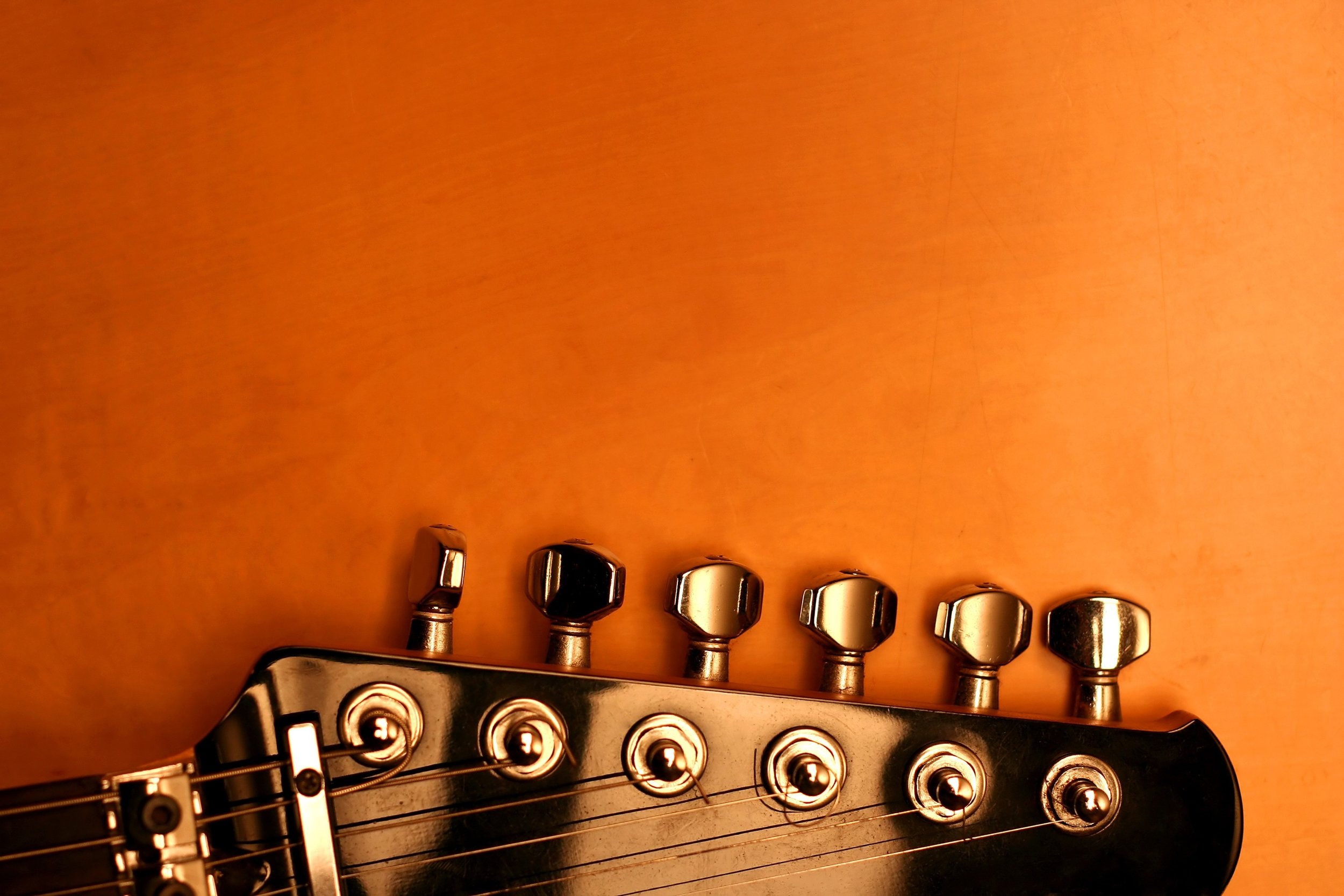 About Greenvale Guitar School -