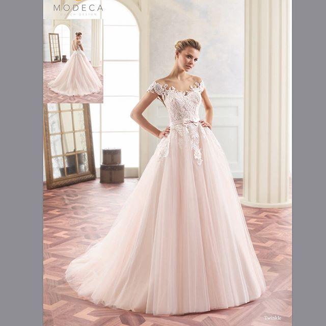 """""""Twinkle"""" in blush is breathtaking!! ........................Size 8..........(:$850)"""