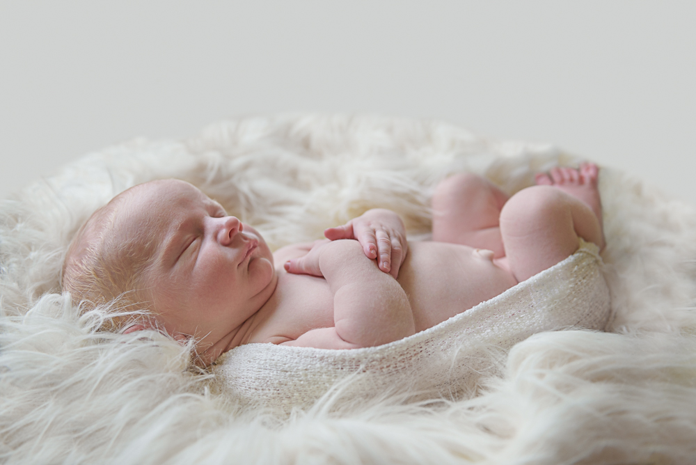 Oatlands Newborn Photographer-7.jpg