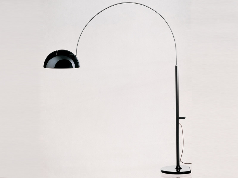 Oluce-Coupe-3320R-Floor-Lamp-Black.jpg