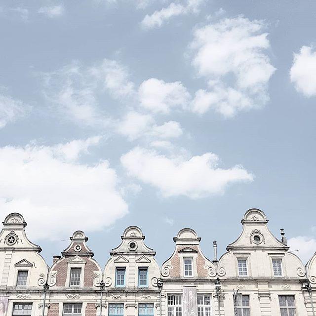 Arras, France 🏘🏠🏘 _________________________________ #amazingarchitecture #archidaily #archilovers #architectonics_world #architecturedesign #architecture_hunter #architecturephotography #architecturelovers #architexture #arkiromantix #building_shotz #creative_architecture #creativearchitecture #ic_architecture #icu_architecture #jj_architecture #lookingup_architecture #rsa_architecture #rustlord_archdesign #sky_high_architecture #unlimitedcities #srs_buildings #architecture