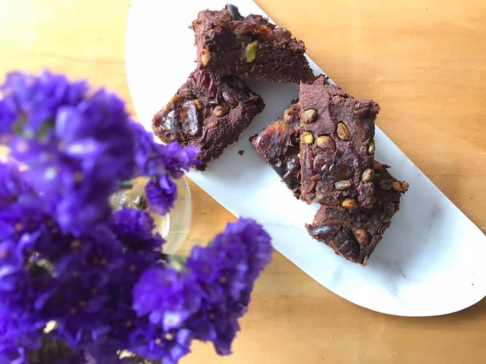 pistachio brownie.jpg