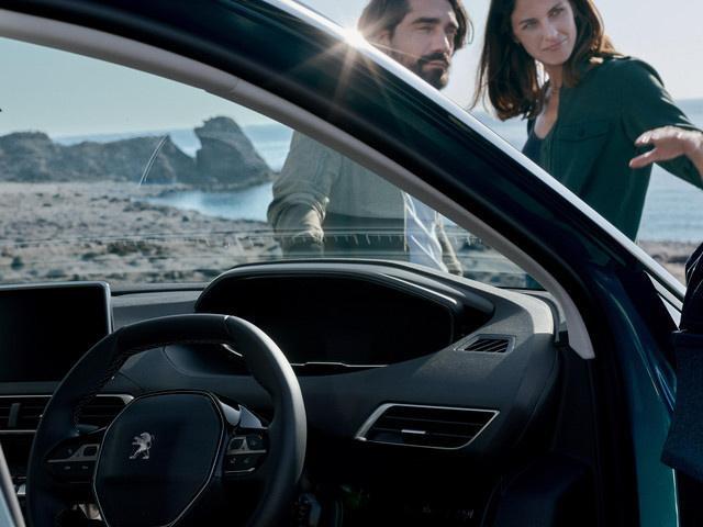 new-5008-suv-interior-enhanced-driving-experience.233462.19.jpg