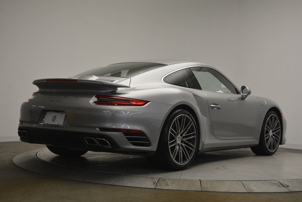 new-2018-porsche-911-turbo-8490-17388767-7-1024.jpg