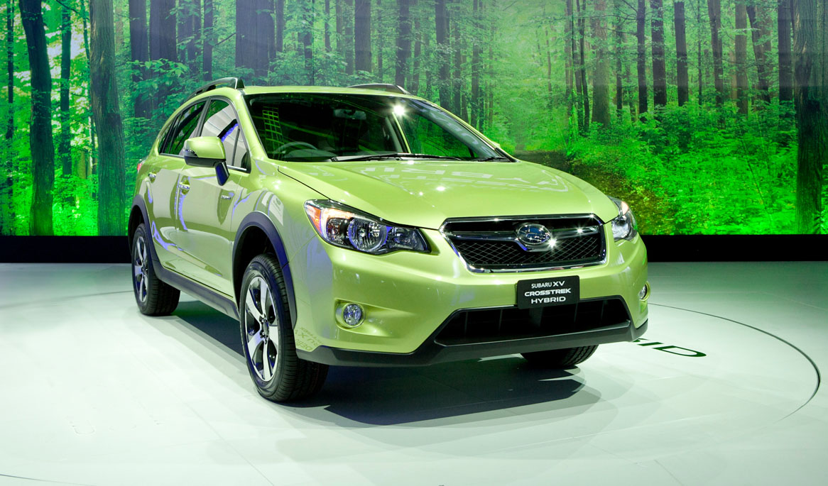 2014-subaru-xv-crosstrek-photos-and-info-news-car-and-driver-photo-508863-s-original.jpg