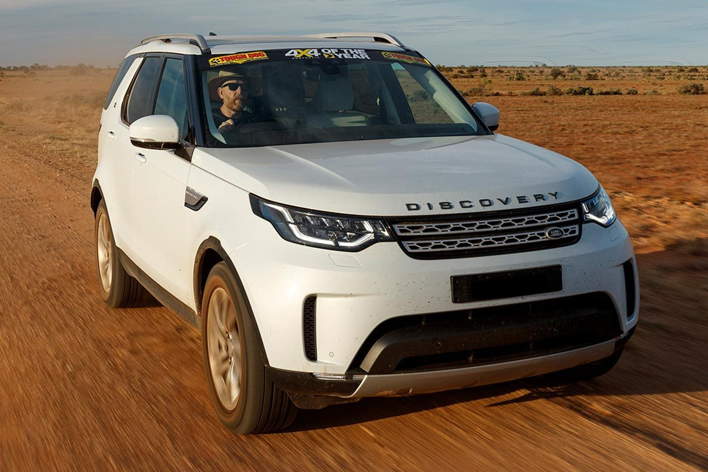 2018-Land-Rover-Discovery-hse-td6-drive-review.jpg