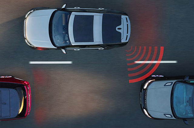 Blind Spot Assist With Reverse Traffic Detection