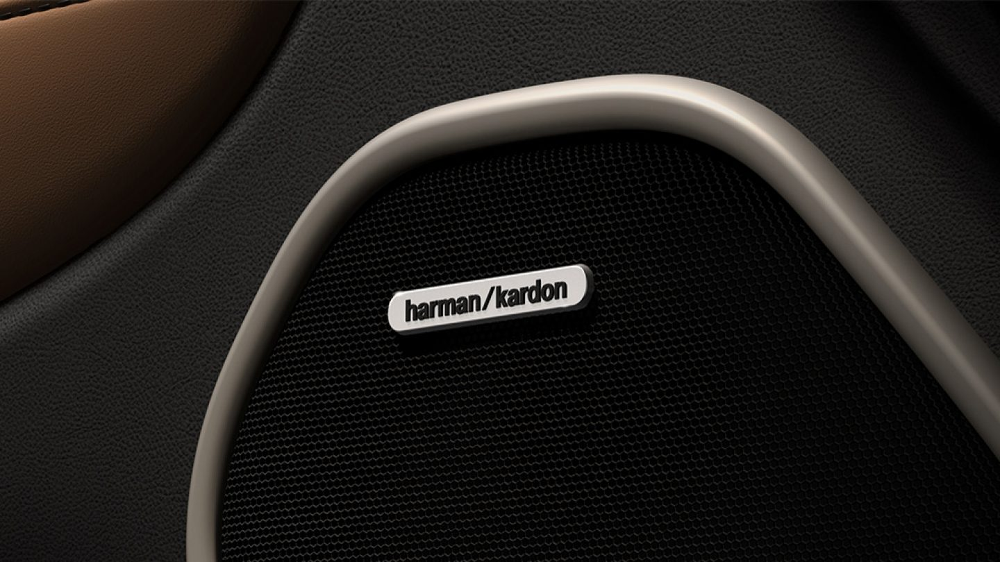 Premium state-of-the-art audio system by Harman Kardon featuring Logic 7 multichannel surround-sound processing and 19 high-performance, high-efficiency GreenEdge loudspeakers.